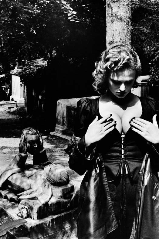 Helmut newton exhibition