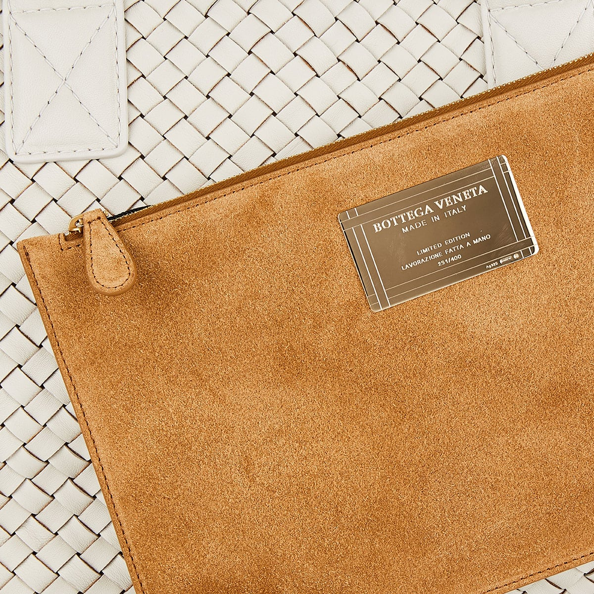 Cabat Intrecciato small leather tote