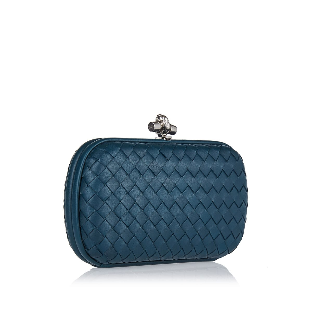 Intrecciato leather chain knot clutch