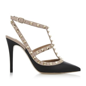 Rockstud leather pumps