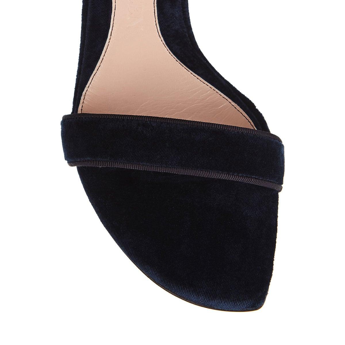 Medieval buckle velvet sandals