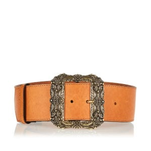 Wide belt with oversized metal buckle