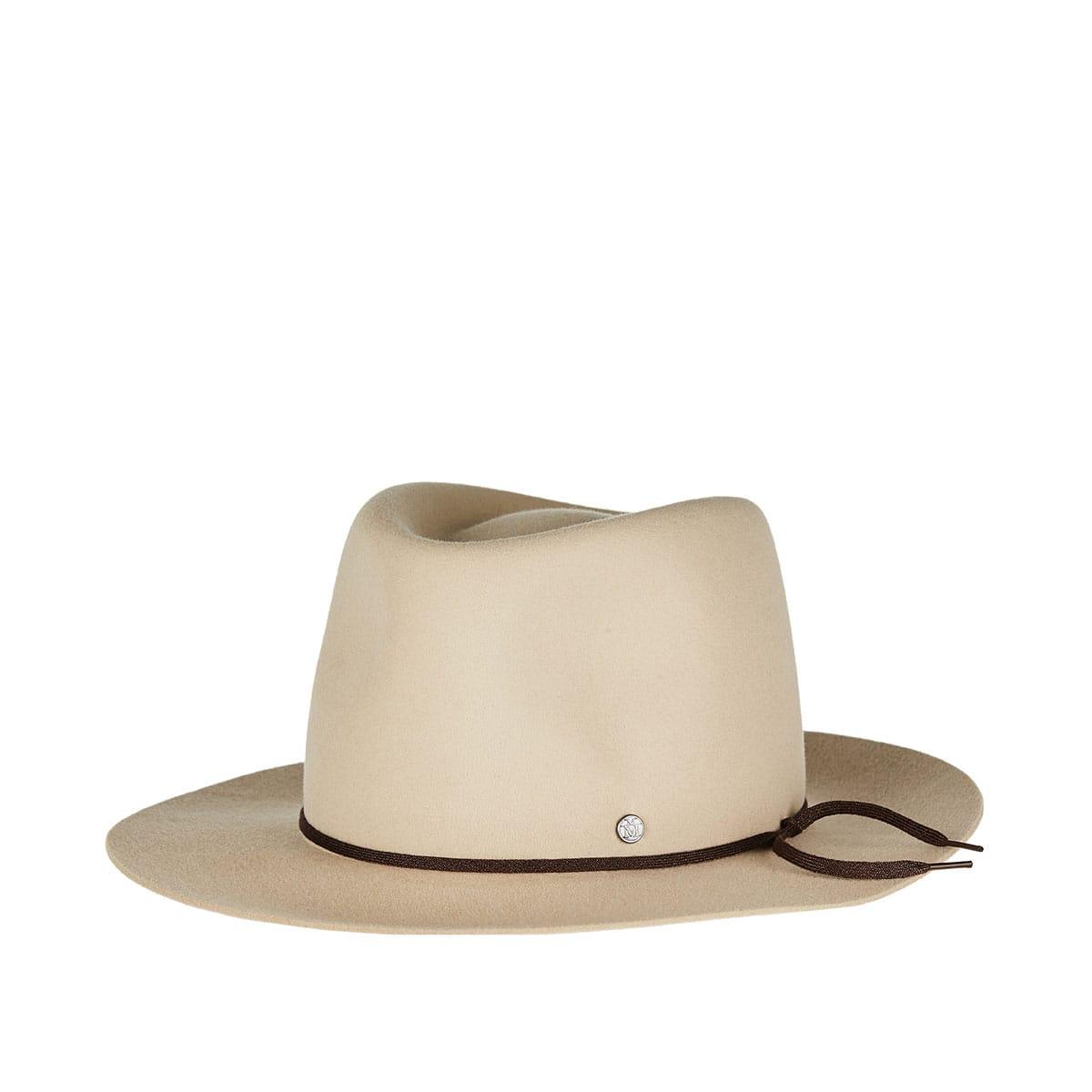 André furfelt hat
