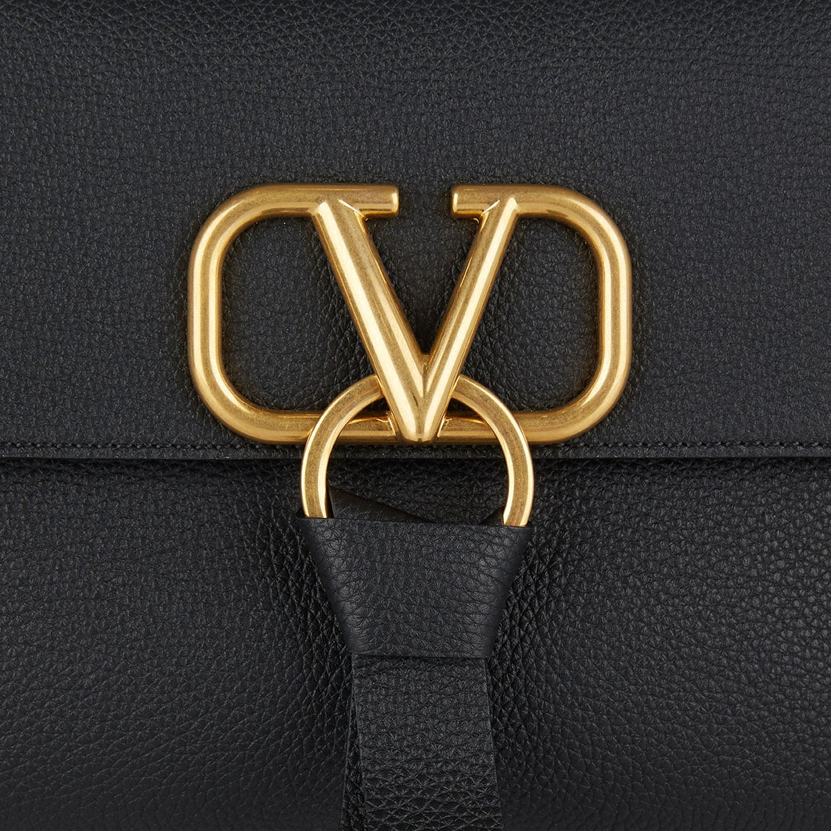 V-RING leather shoulder bag