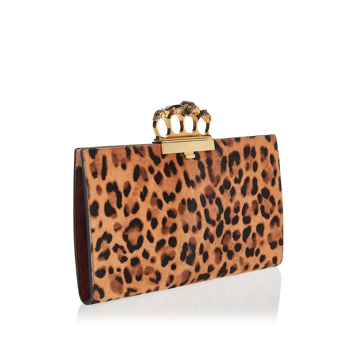 Four ring leopard clutch