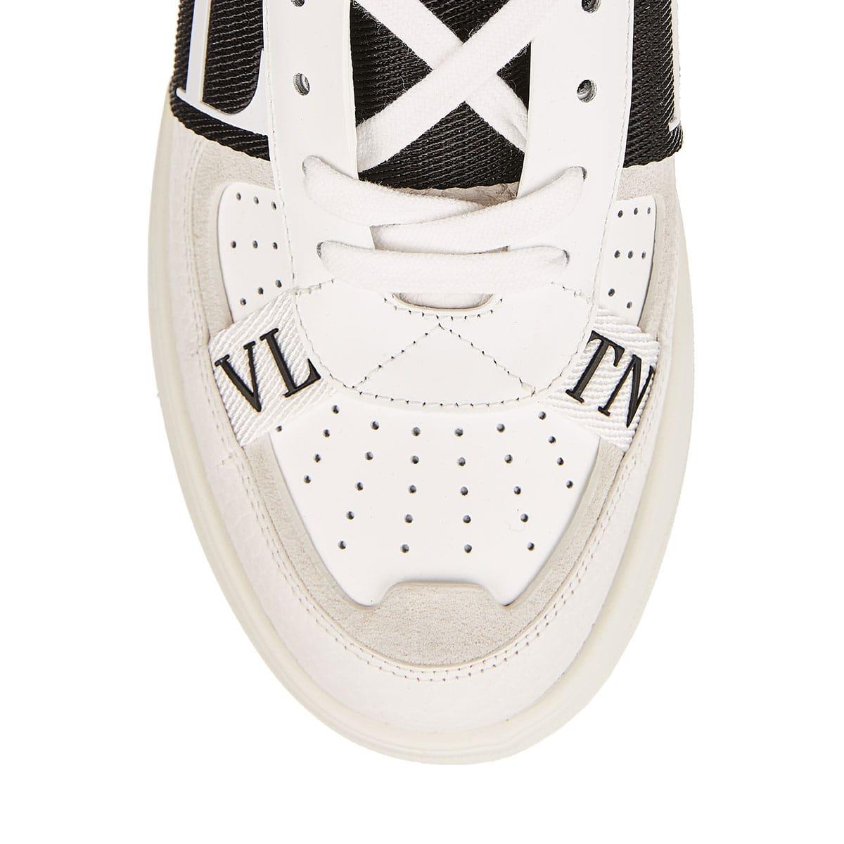 VL7N logo leather sneakers