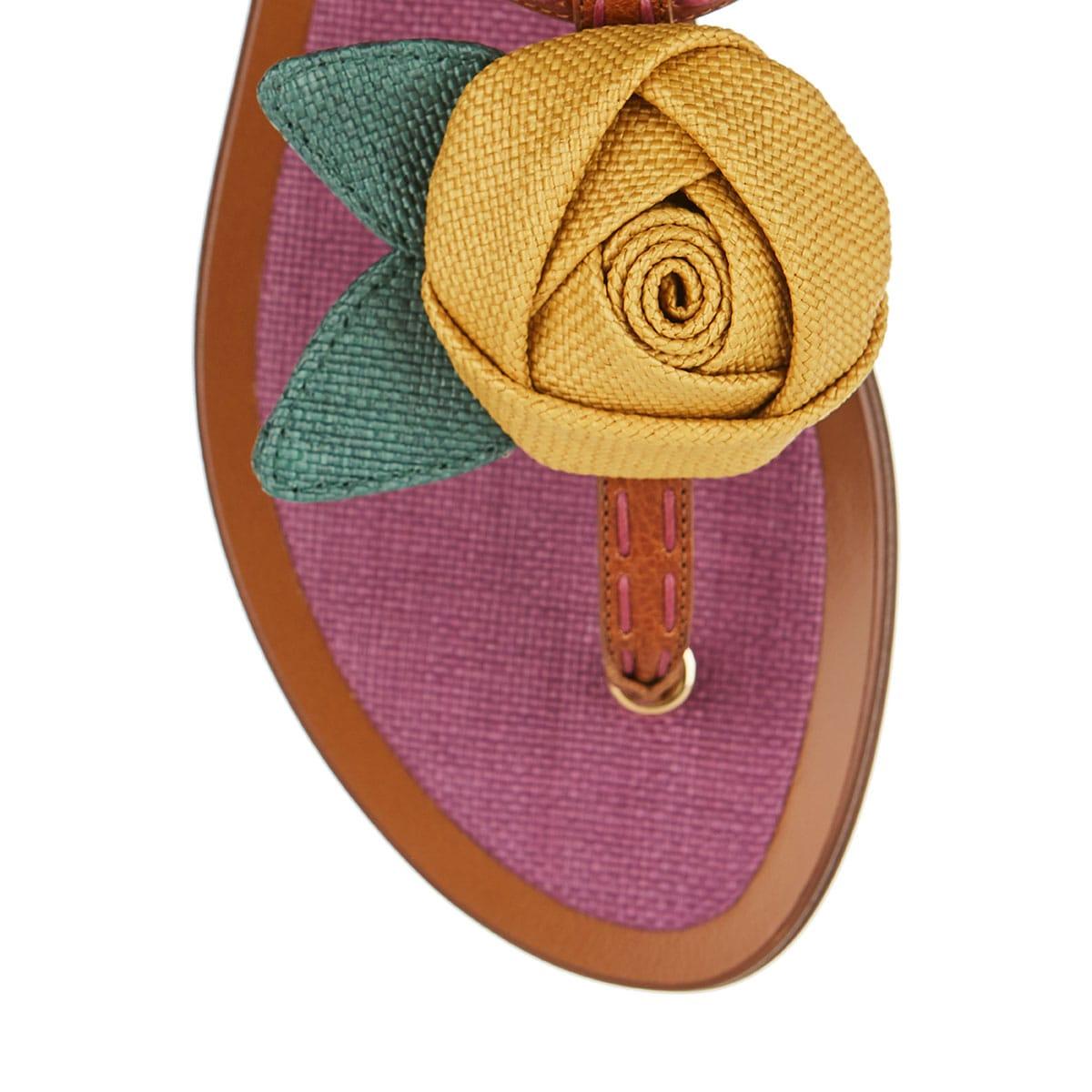 Flower appliqué flat sandals
