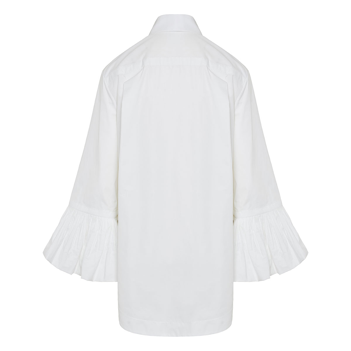 Oversized shirt with ruffled cuffs