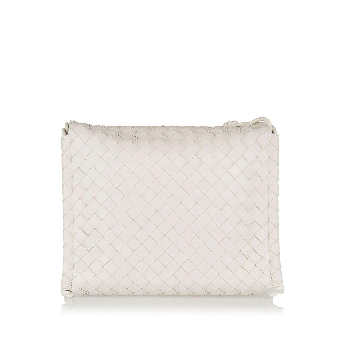 BV Fold Medium Intrecciato bag