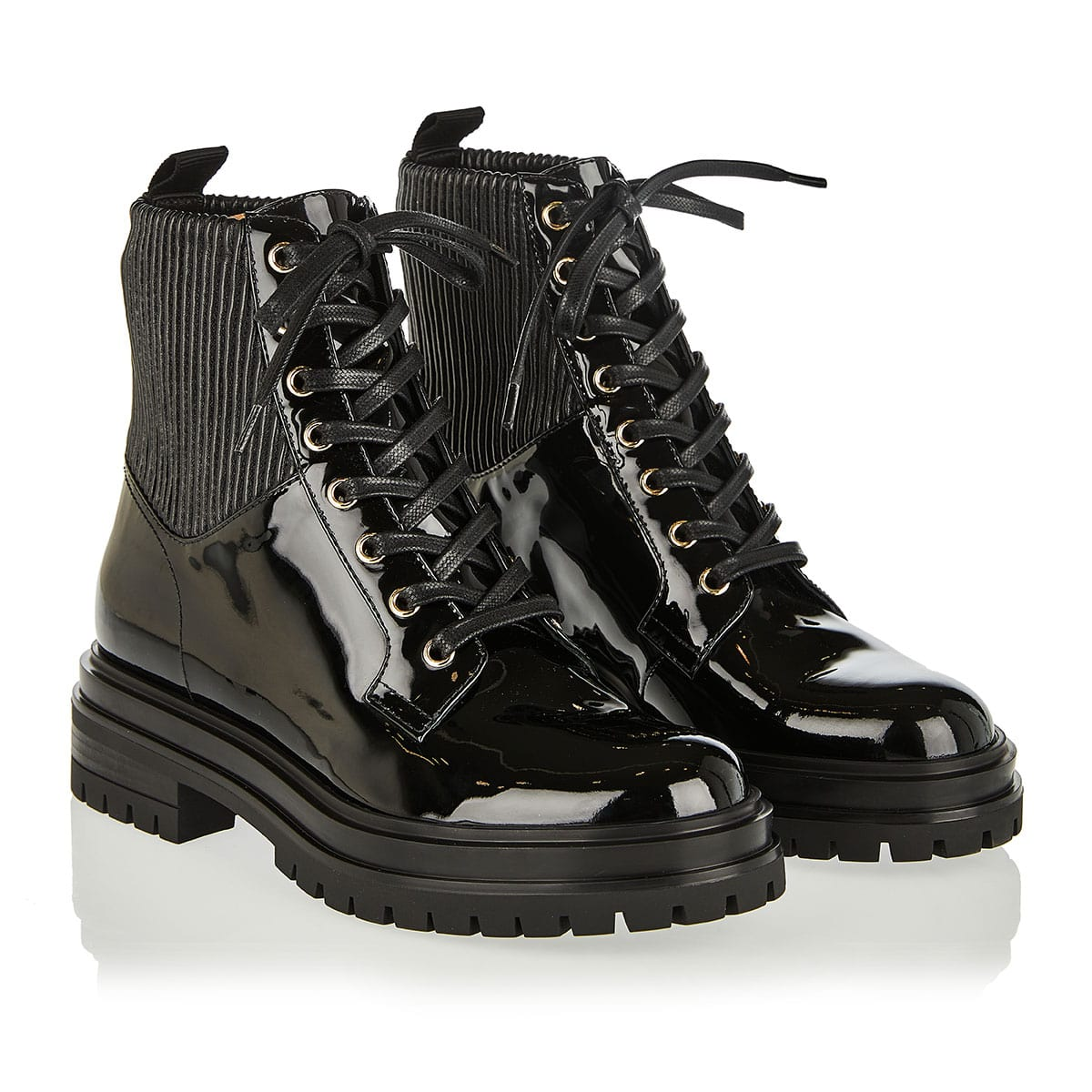 Martis 20 lace-up patent boots