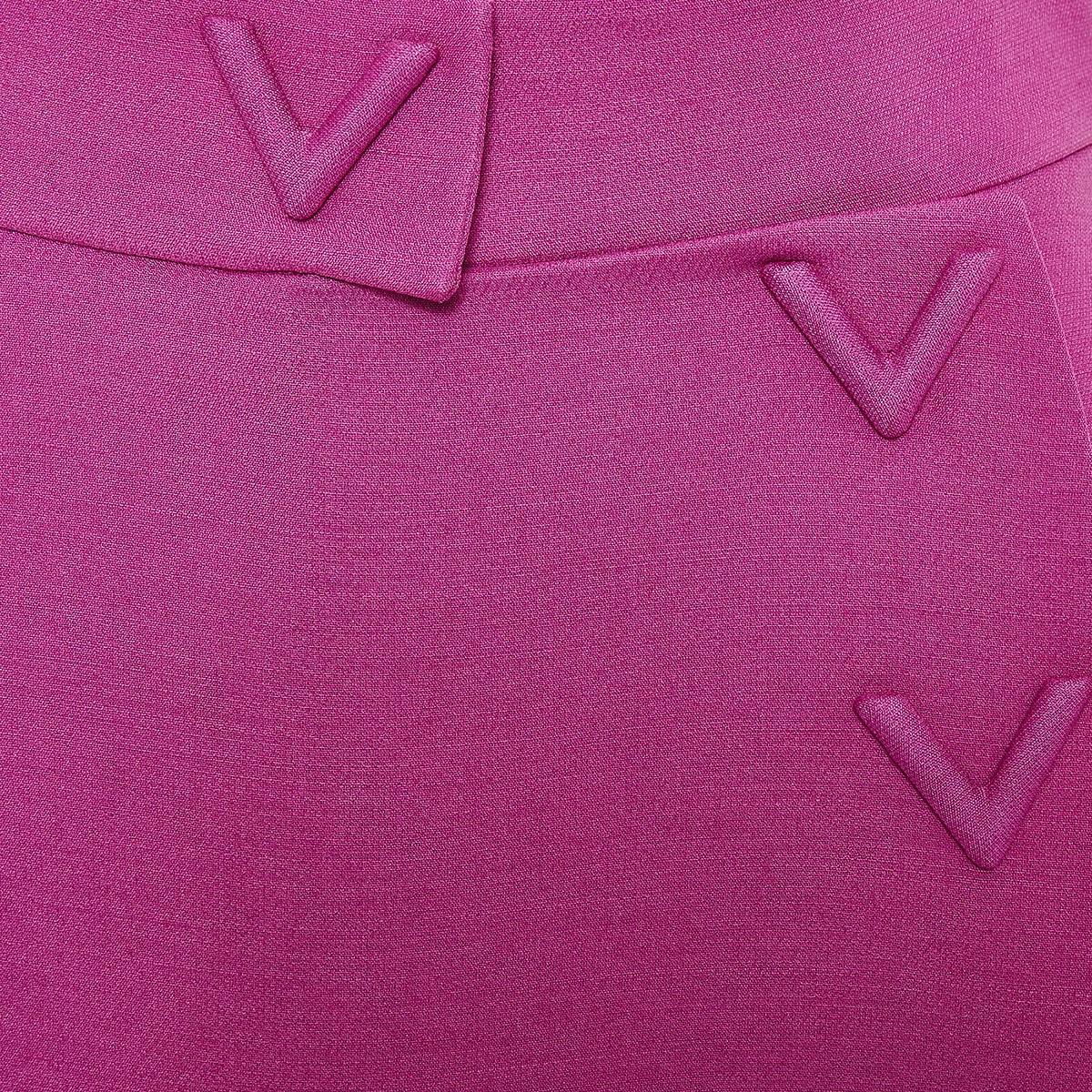 V-detailed short crepe culottes