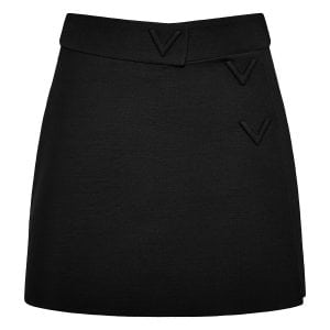 V-detailed short crepe culottes