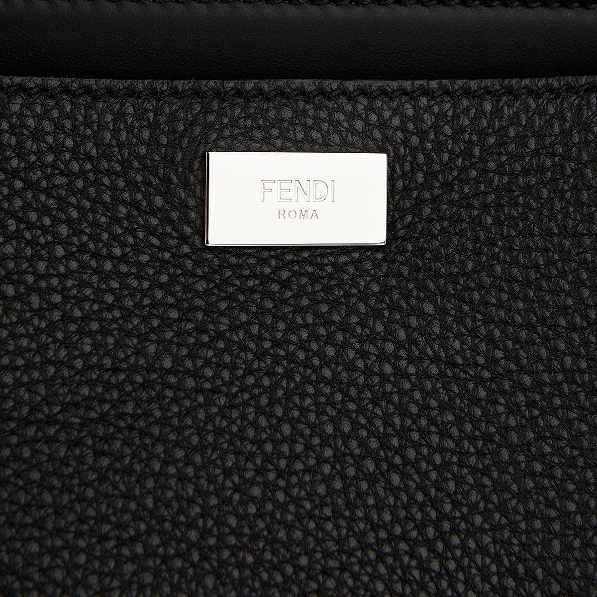 Peekaboo Iconic leather brief case