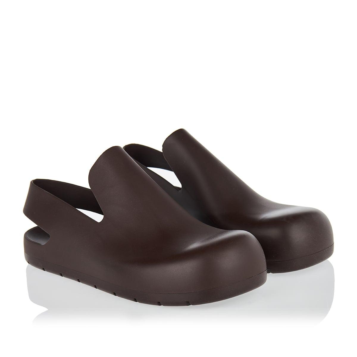 Puddle rubber sandals