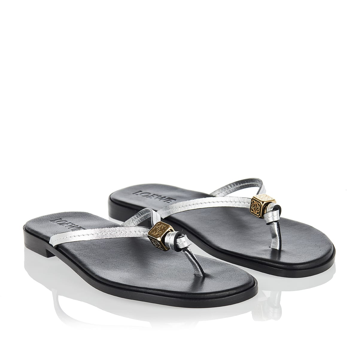 Dice metallic leather thong sandals
