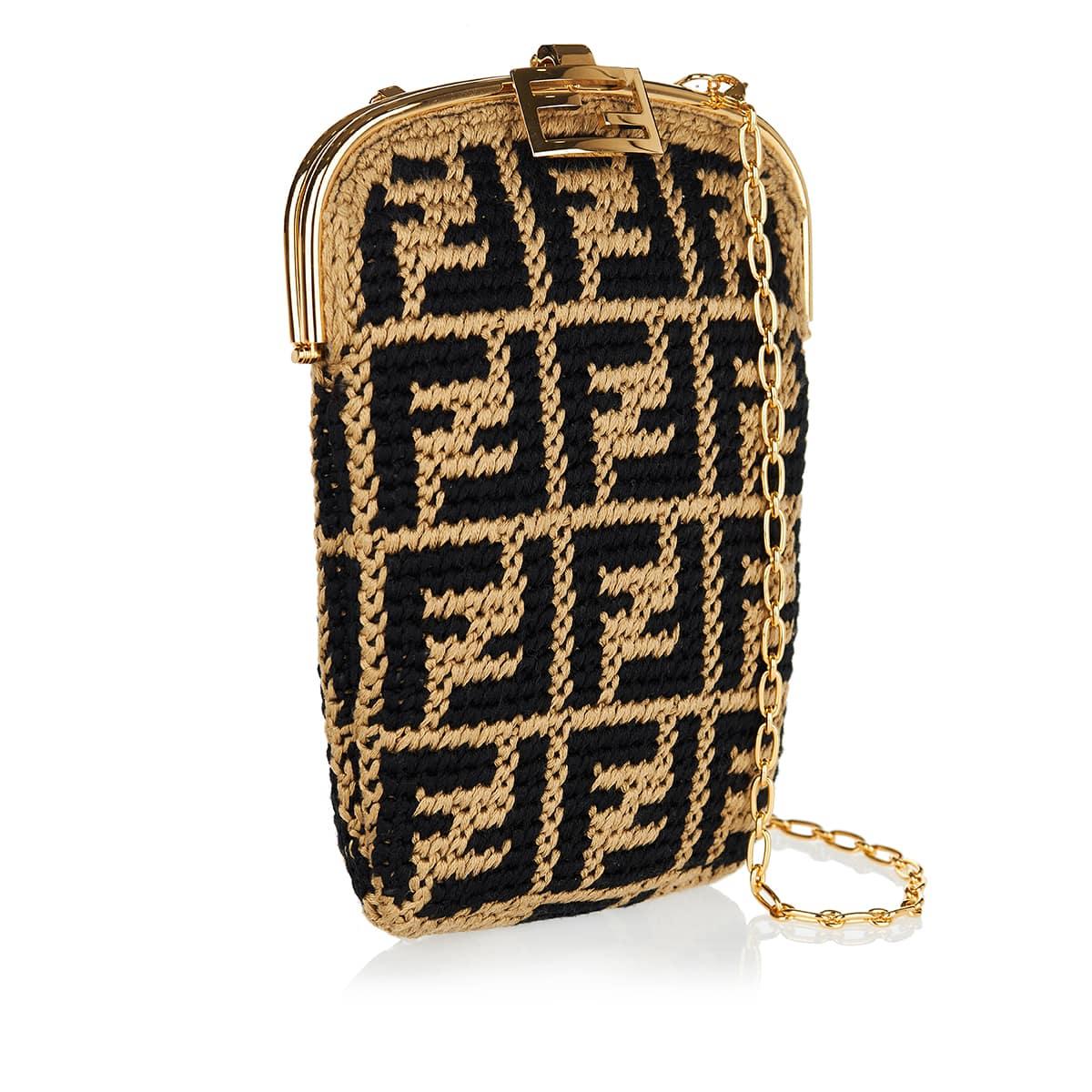 Baguette FF crochet phone case