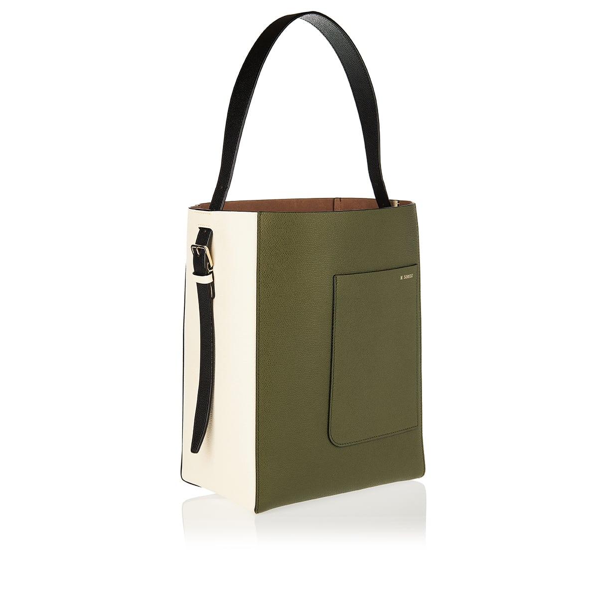 Bucket medium two-tone leather bag