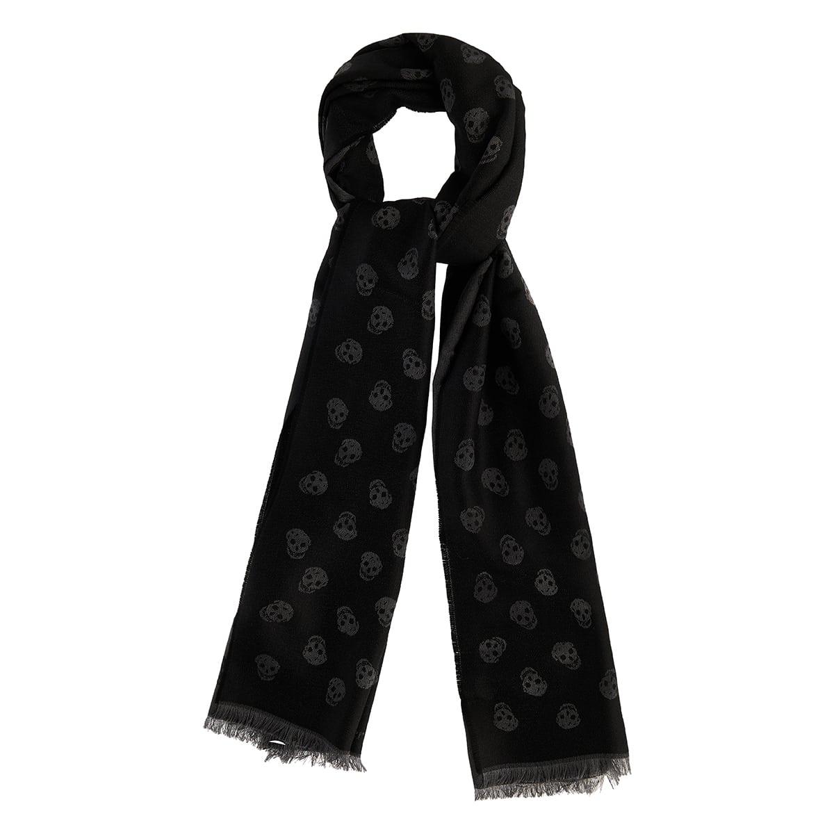 Skull wool scarf